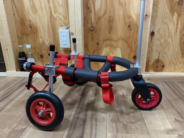 神奈川県のペキニーズ ボンちゃんの犬用車椅子