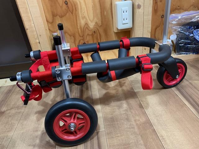 岡山県のミニチュアダックスフンド ラッキーちゃんの犬の車椅子