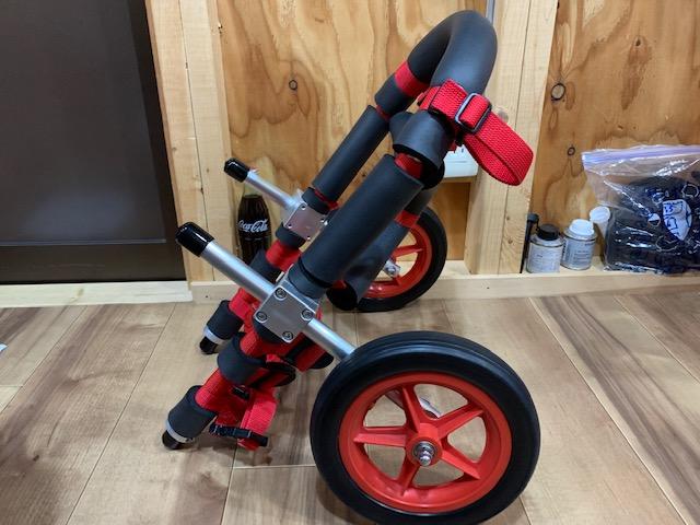 岩手県のフレンチブルドッグ なごみちゃんの犬の車椅子が完成しました。