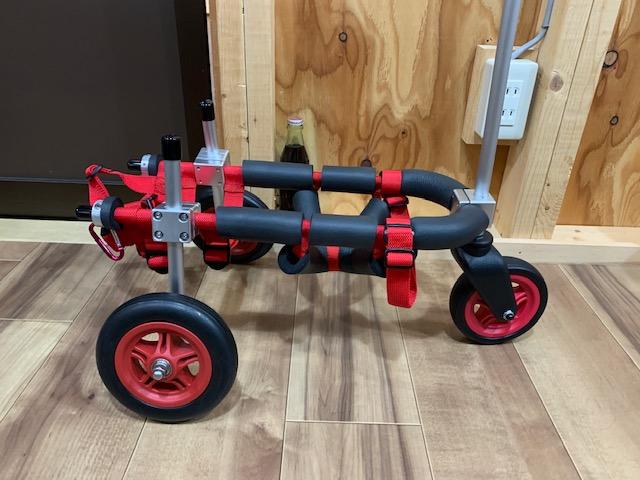 山口県のミニチュアダックスフンド ポポちゃんの犬の車椅子